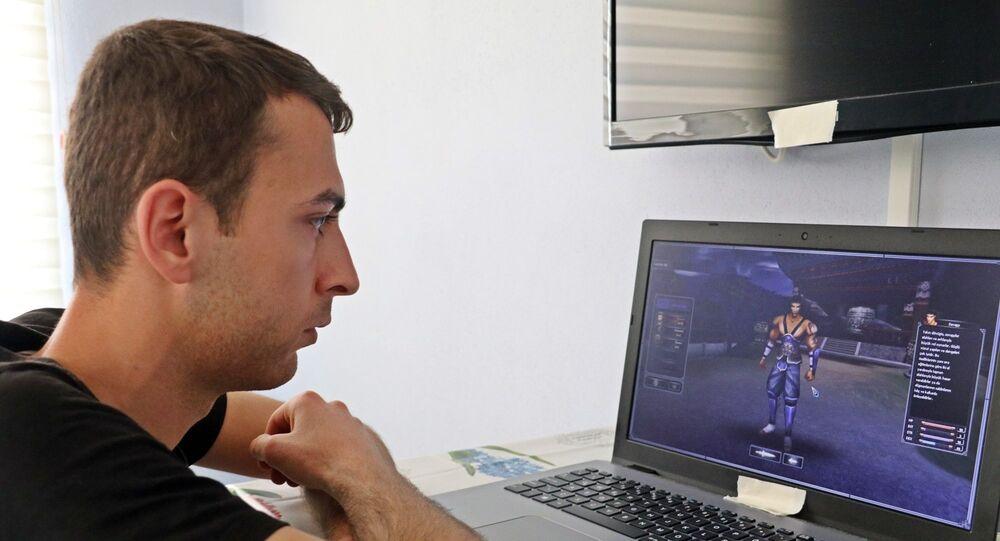 Bilgisayar oyununda 5 bin liralık sanal karakteri hacklendi, polise şikayet etti: Rezil oldum, bütün emeklerim mahvoldu