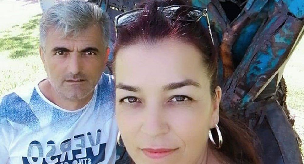 Boşanmak isteyen eşini kızının gözü önünde öldürdü
