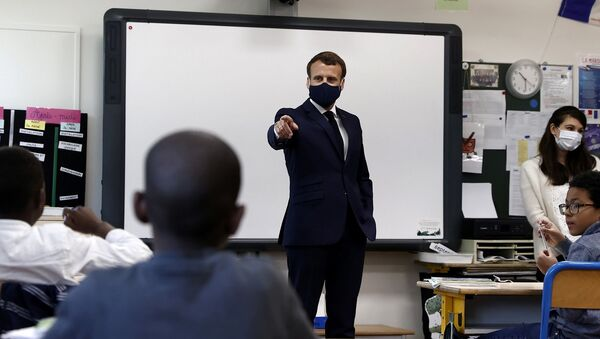 Emmanuel Macron-Fransa-Okul - Sputnik Türkiye