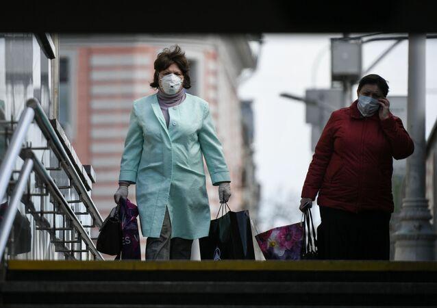 Moskova - Maske - Koronavirüs - Rusya
