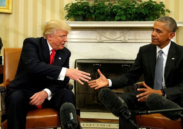 FILE PHOTO: U.S. President Barack Obama meets with President-elect Donald Trump in the Oval Office of the White House in Washington November 10, 2016. REUTERS/Kevin Lamarque/File Photo