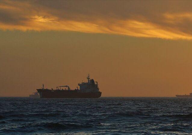 Tanker, petrol tankeri
