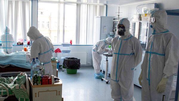 Rusya, Koronavirüs, Kovid-19, hastane, doktor - Sputnik Türkiye