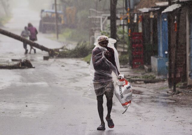 Hindistan ve Bangladeş'i vuran Amphan Kasırgası