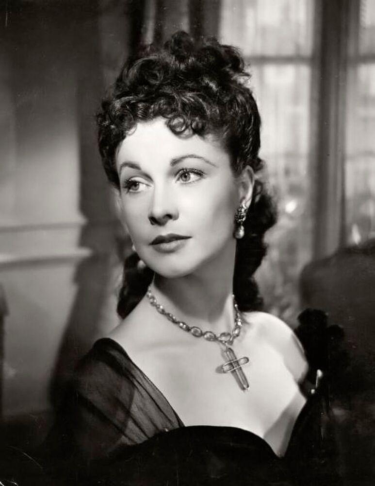 Rüzgar Gibi Geçti filminde oynadığı başrol ile üne kavuşan Hollywood oyuncusu Vivien Leigh