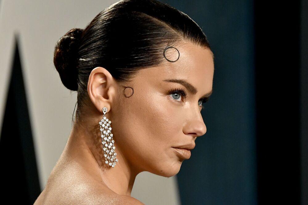 Dünyaca ünlü Brezilyalı model Adriana Lima