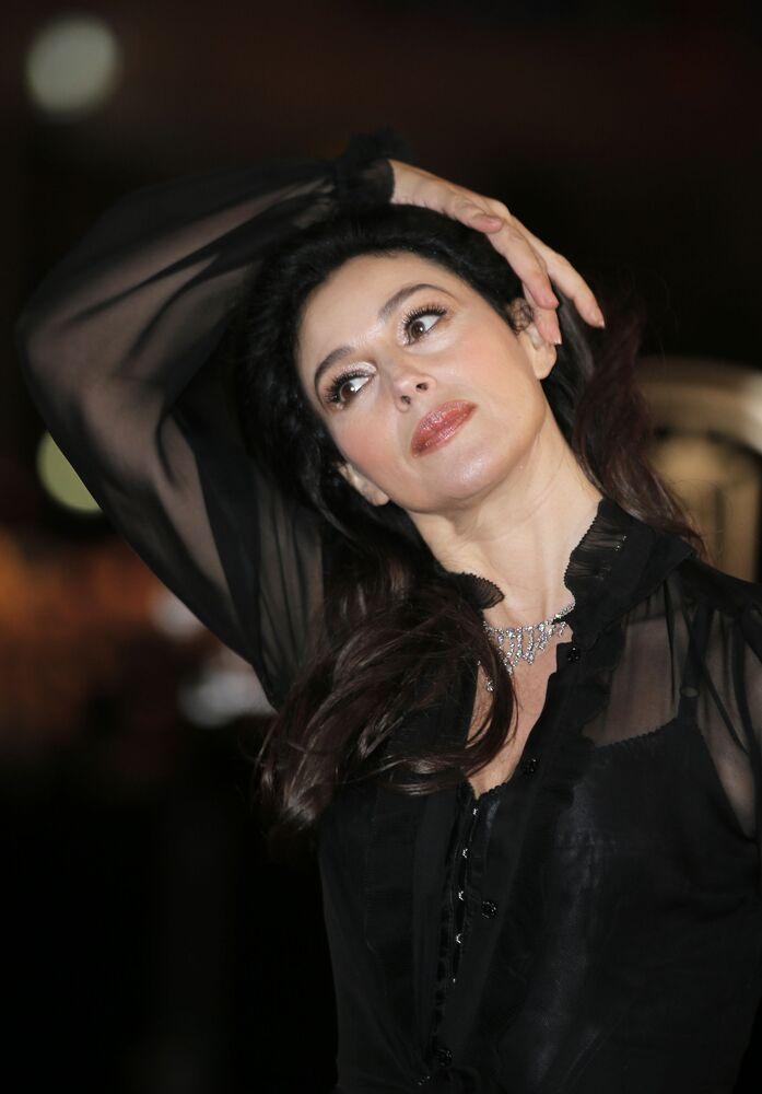 Ünlü İtalyan sinema oyuncusu Monica Bellucci