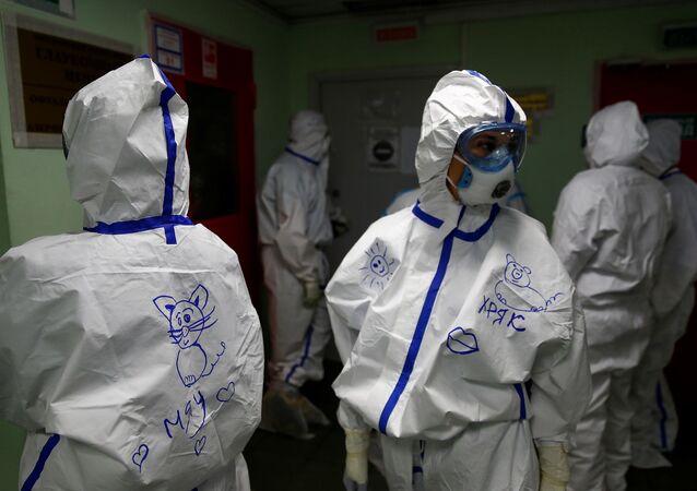 Rusya-koronavirüs