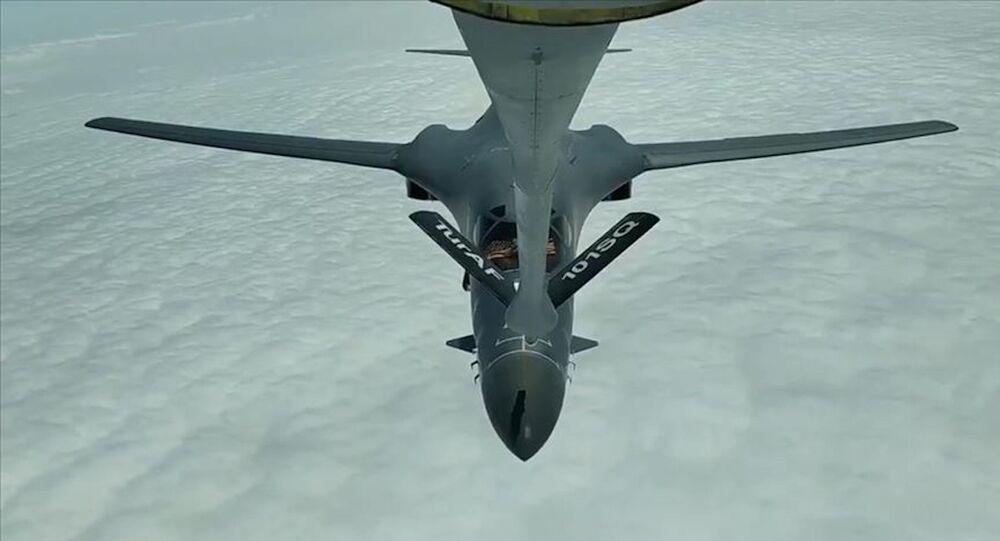 Milli Savunma Bakanlığı (MSB), Karadeniz'de uçuş gerçekleştiren ABD'ye ait 2 adet B-1 uçağına, tanker uçakları ile havada yakıt ikmali yapıldığını bildirdi.