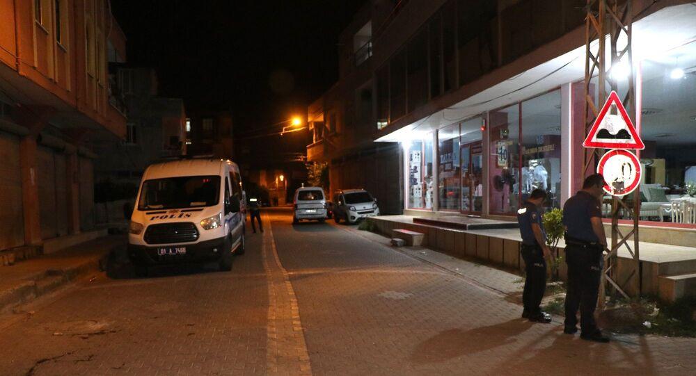 Polis - Adana - Polis arabası