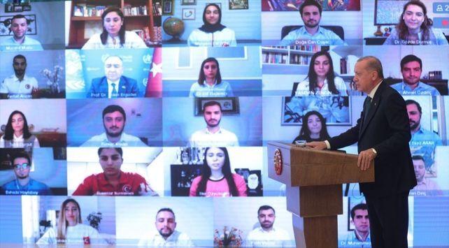 Cumhurbaşkanı Recep Tayyip Erdoğan, gençlerle buluştuğu Dünya Tütüne Hayır Günü programında konuştu.