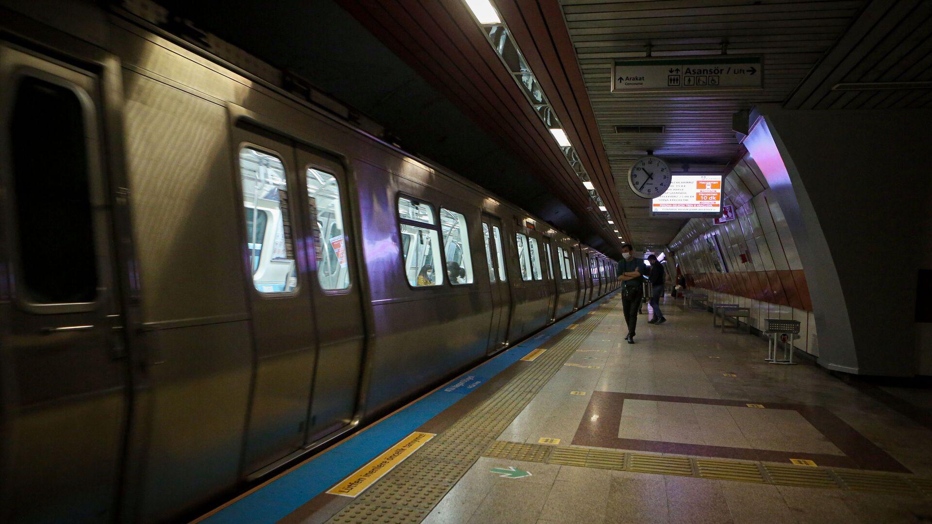 Metro - İstanbul - Sputnik Türkiye, 1920, 30.07.2021