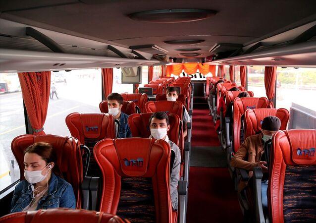 Ankara Şehirler Arası Otobüs Terminali (AŞTİ) - koronavirüs - maske - bilet - otobüs bileti