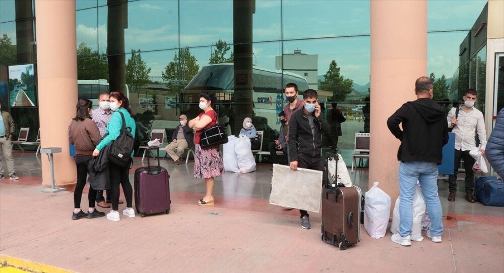 Yalova Belediyesi Şehirlerarası Otobüs Terminali - koronavirüs - maske - otogar