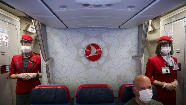 THY - hostes - koronavirüs - makse - sefer - uçak - Sputnik Türkiye