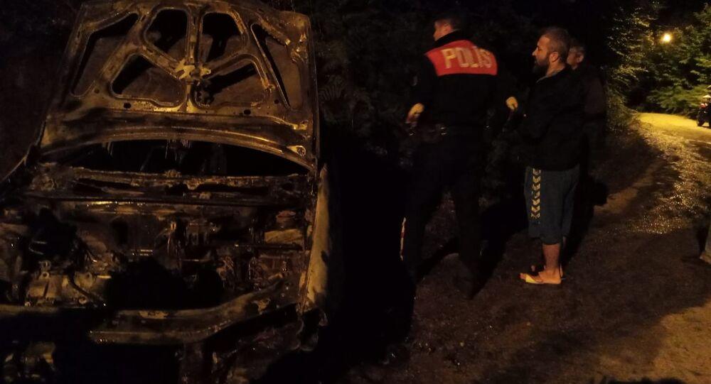 Zonguldak'ta iki gün önce satın alınan otomobil küle döndü.