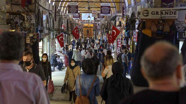 Kapalıçarşı'ya 3 günde 112 bin ziyaretçi - Sputnik Türkiye