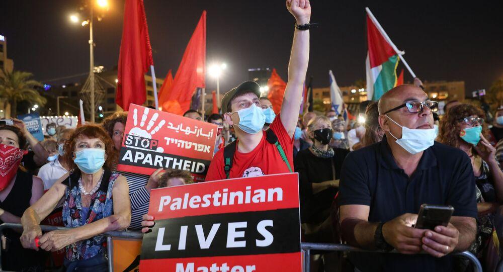 İsrail'de halk Başbakan Benyamin Netanyahu'nun Yahudi yerleşim birimleri ve Ürdün Vadisi'ni ilhak planını protesto etti.