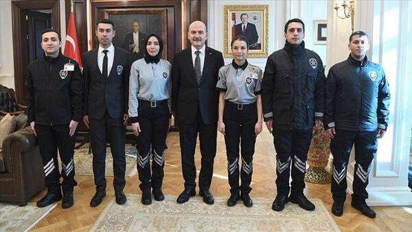 İçişleri Bakanı Süleyman Soylu tarafından imzalanan yönergeyle, kamu kurum ve kuruluşlarındaki özel güvenlik görevlilerinin üniformaları tek tip oldu. - Sputnik Türkiye