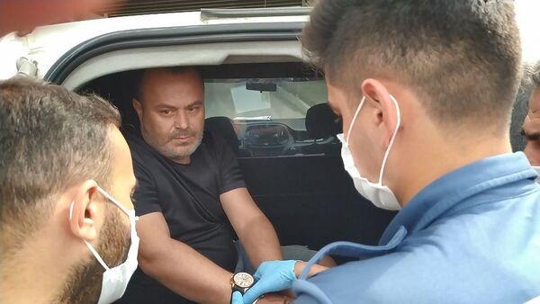Eşini sırtından bıçaklayarak öldüren katil zanlısı Kütahya'da yakalandı - Sputnik Türkiye