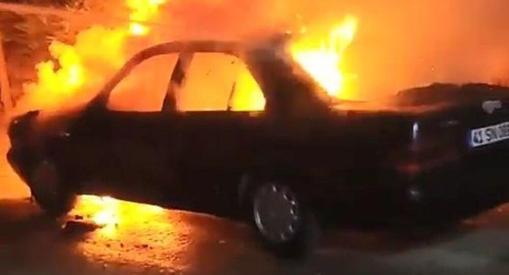 LPG'li otomobil seyir halindeyken alev alev yandı
