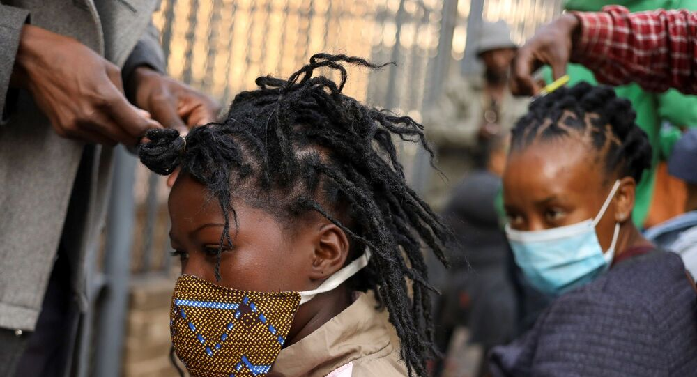 Johannesburg -  Güney Afrika  - maske