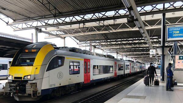 Belçika-tren istasyonu - Sputnik Türkiye