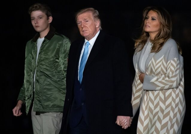 Donald Trump, Melania Trump ve oğulları Barron Trump