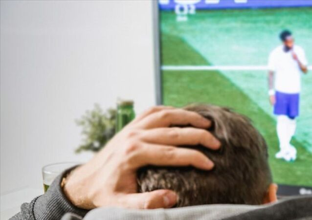 Maç yayınları, Maçlar, televizyonda maç izlemek