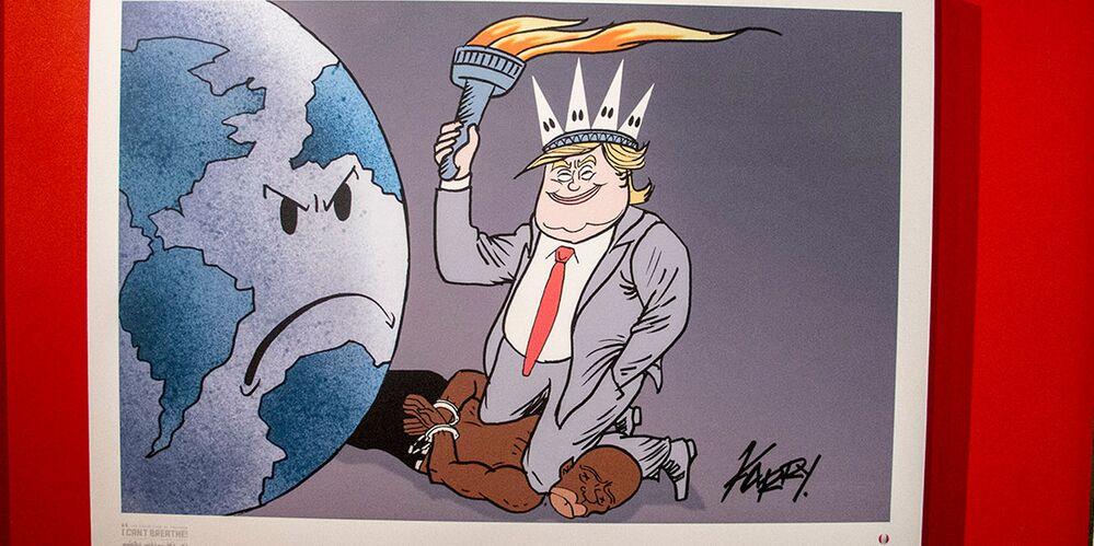 Tahran'daki karikatür sergisinde yer alan resimlerden biri