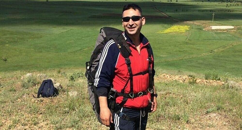 Denizli'de bir astsubay, yamaç paraşütü kazasında hayatını kaybetti