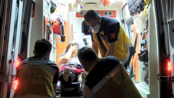Şiddet gördüğü kocasından kurtulmak için pencereden atladı - Sputnik Türkiye