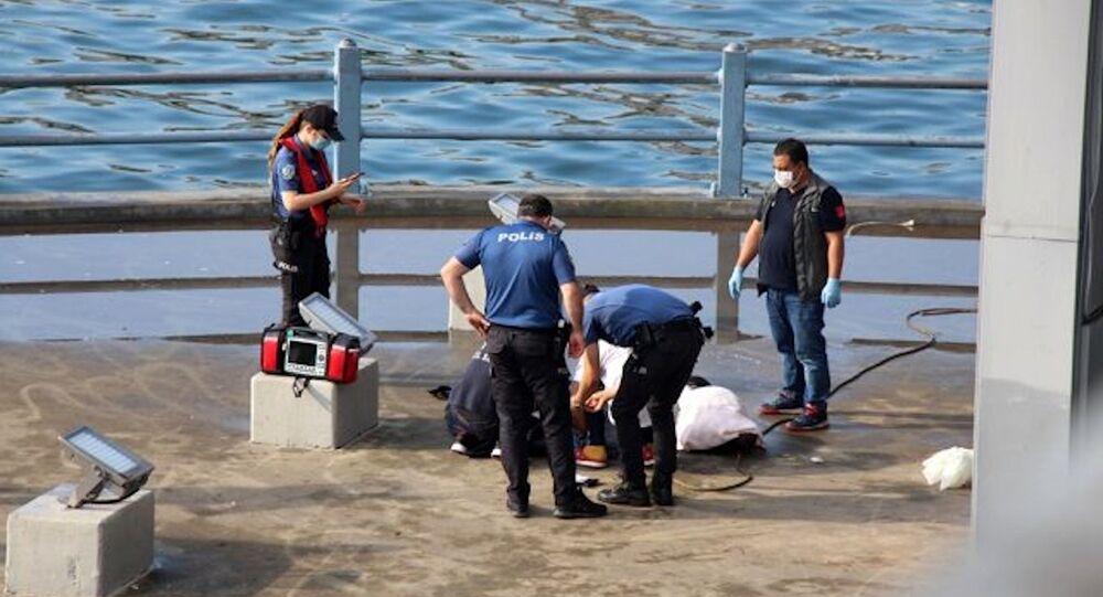Galata Köprüsü'nün ayaklarında erkek cesedi bulundu