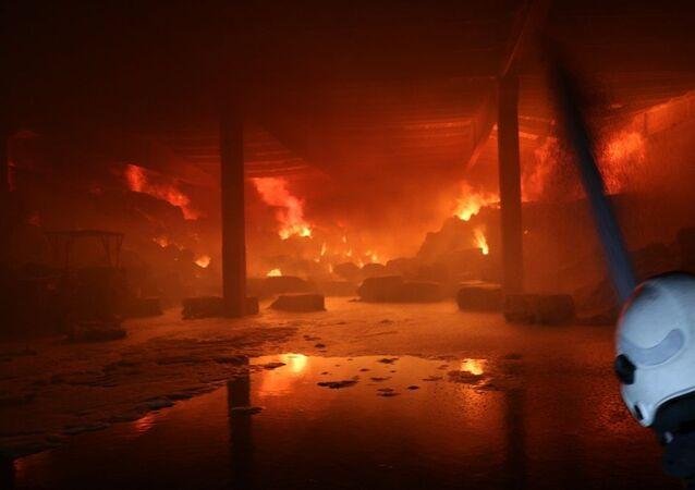 Kahramanmaraş'ta fabrikada çıkan yangın kontrol altına alındı