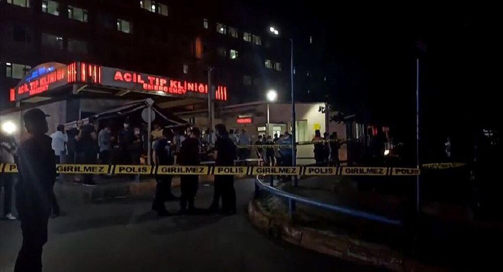 İstanbul Eğitim Araştırma Hastanesi'nde çıkan yangın kontrol altına alındı