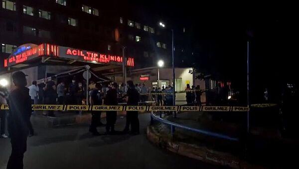İstanbul Eğitim Araştırma Hastanesi'nde çıkan yangın kontrol altına alındı - Sputnik Türkiye