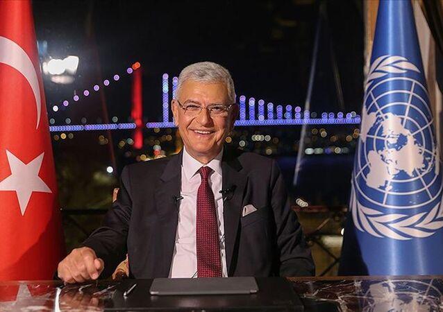 Birleşmiş Milletler (BM) 75. Genel Kurul Başkanlığına seçilen eski Avrupa Birliği (AB) Bakanı ve Başmüzakereci, TBMM Dışişleri Komisyonu Başkanı Büyükelçi Volkan Bozkır, video konferans yöntemiyle düzenlenen göreve başlama töreninde konuşma yaptı.