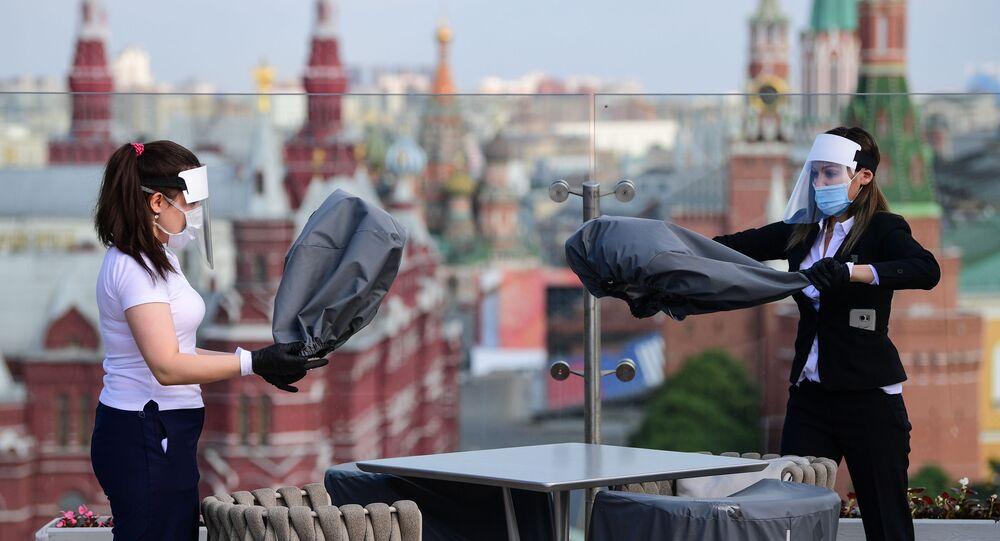 Moskova'da restoran-koronavirüs-normalleşme
