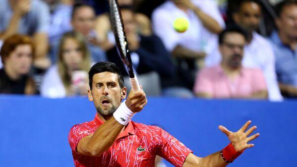 Salgının ortasında turnuva düzenleyen ünlü raket Novak Djokovic'in koronavirüs testi pozitif çıktı - Sputnik Türkiye