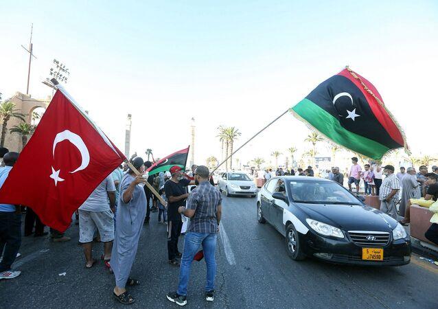 Libya Bayrağı – Türkiye bayrağı - Trablus