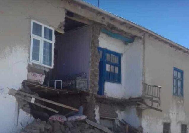 Van  - deprem - hasar