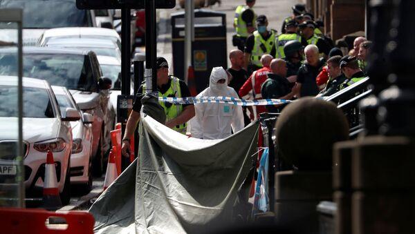 İskoçya'da 6 kişiyi bıçaklayan saldırgan vurularak öldürüldü - Sputnik Türkiye
