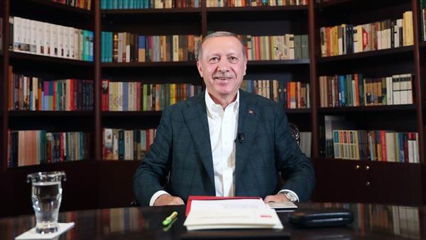Cumhurbaşkanı Erdoğan, küçükbaş hayvanları telef olan Ali Rıza Çelikel'e 16 koyun gönderdi - Sputnik Türkiye