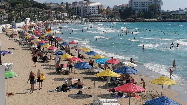 Kuşadası plaj- Kadınlar Plajı - Sputnik Türkiye