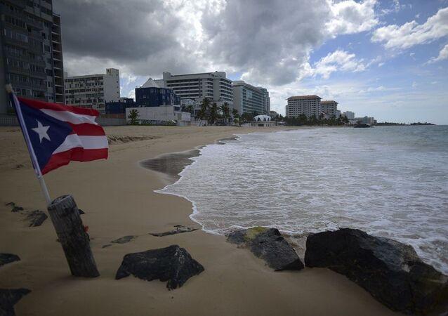 Porto Riko - sahil - bayrak