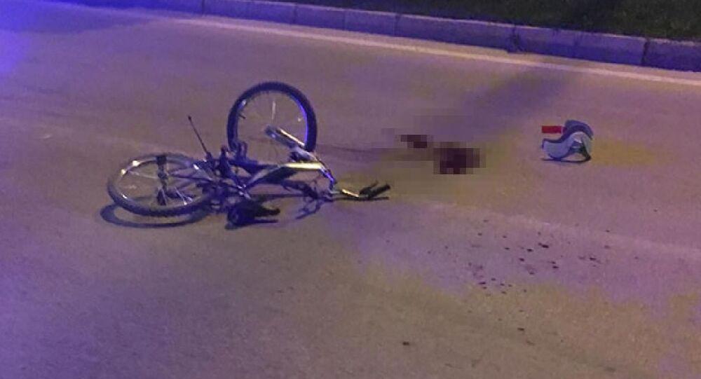 Otomobilin çarptığı 9 yaşındaki bisikletli çocuk öldü