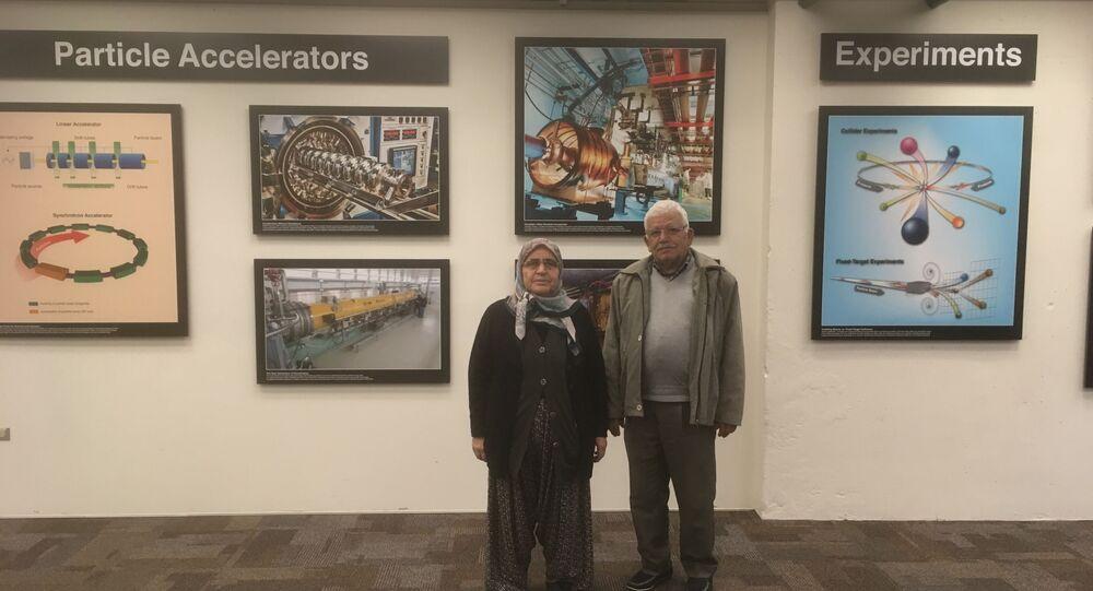 CERN'de çalışan fizikçi Emrah Tıraş'ın anne-babası Osman-Durkadın Tıraş