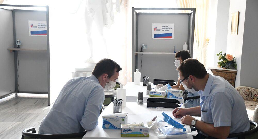 Türkiye'de yaşayan Ruslar anayasa oylaması için sandık başında