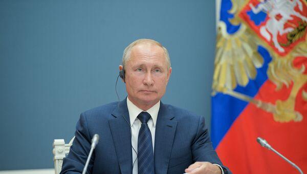 Putin, BM by-pass edilerek uygulanan yaptırımlar, sorunlara yenilerini ekliyor ve aynı zamanda hukuka aykırı dedi. - Sputnik Türkiye