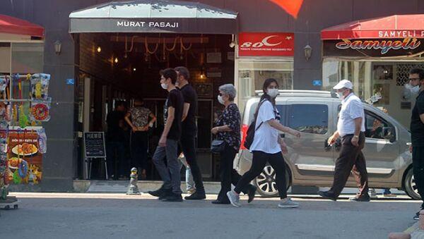 Sinop'ta maskesiz sokağa çıkmak yasaklandı - Sputnik Türkiye